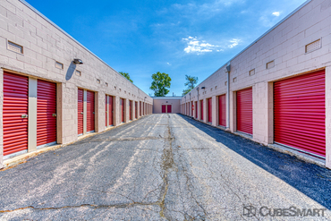 CubeSmart Self Storage - Self-Storage Unit in Glenview, IL