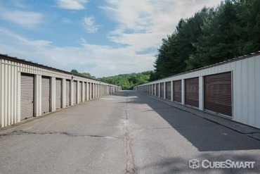 CubeSmart Self Storage - Self-Storage Unit in Columbia, CT